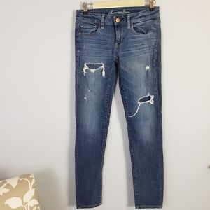 American Eagle Outfitters destroyed skinny jeans